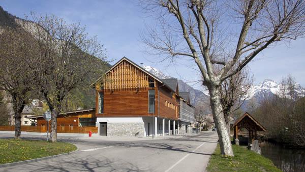 Bâtiment de l'enfance à Bourg d'Oisans