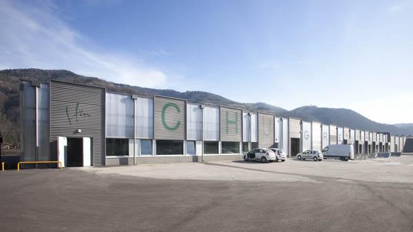 Bâtiment logistique et bureaux à Domène