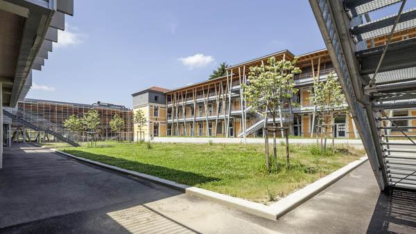 Lycée Ferdinand Buisson à Voiron – Externat et demi-pension